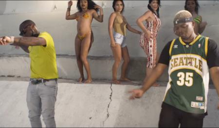 Olamide ft Davido - Summer Body
